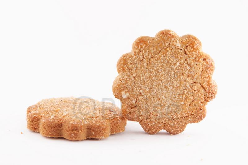 Pour un biscuit sombre on peut vraiment avoir un fond blanc intégral. Ici à f/10