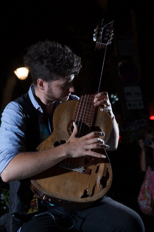 Studio de Rue - Virtuose Guitariste 4