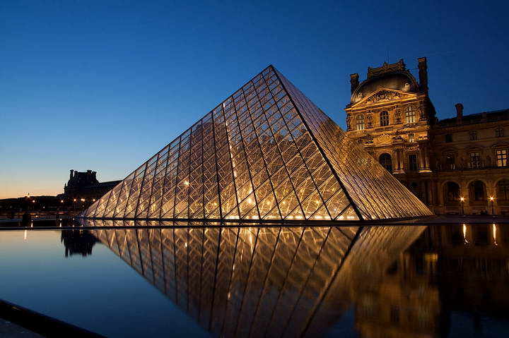 Le_Louvre