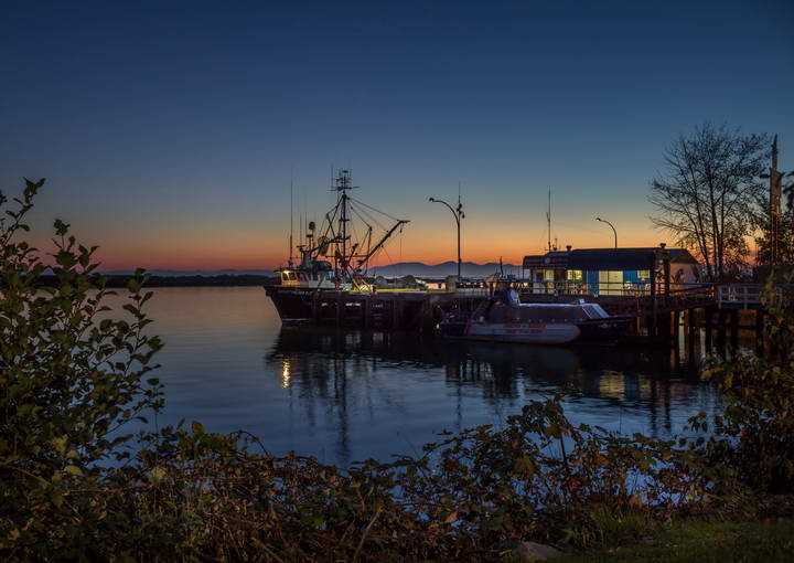 Steveston_British_Columbia-Blue_hour