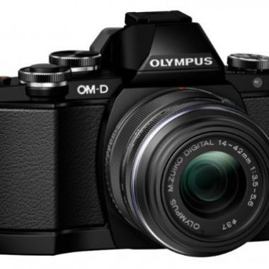 Olympus E-M10 Appareil photo numerique hybride 16-1 Mpix - Ecran Tactile Inclinable 3 - Kit Boitier + Objectif 14-42mm - Noir @ Amazon.fr