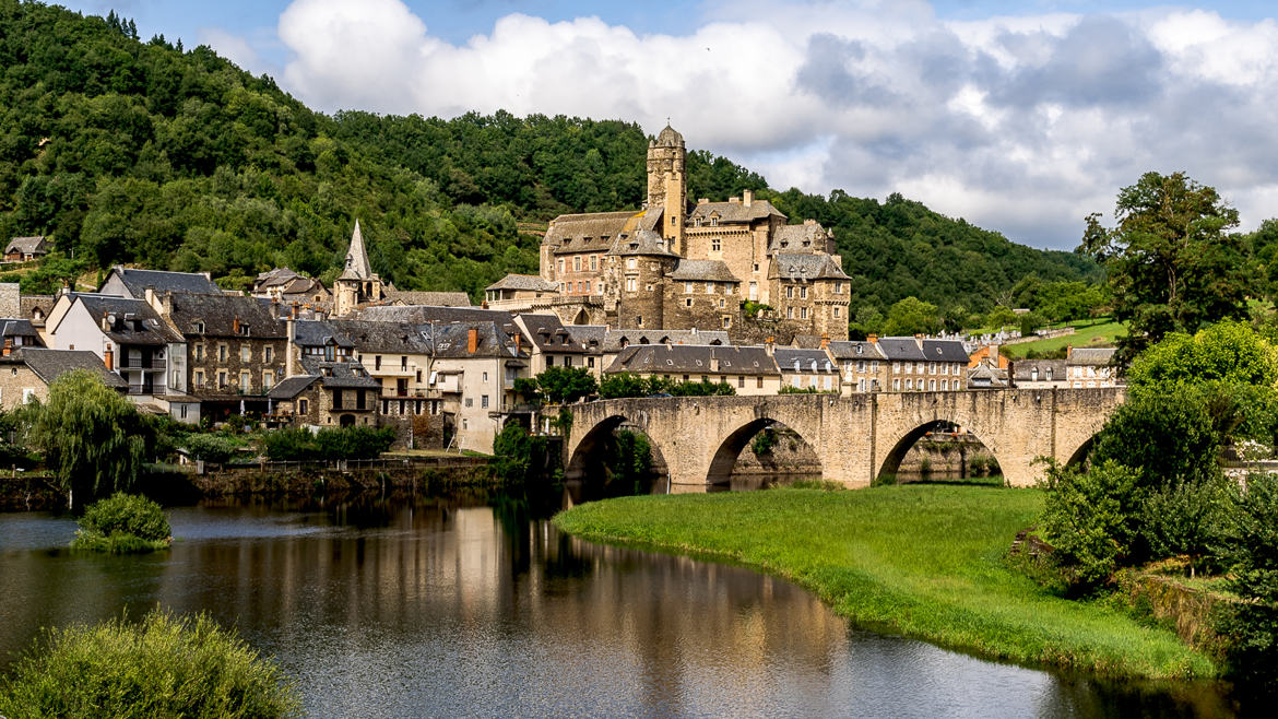 Village Estaing