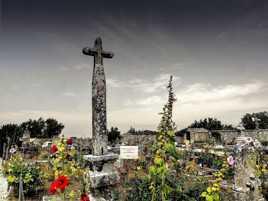 Vieux cimetière charentais