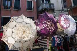 Ombrelles à Venise