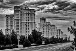 Aghgabat, la cité blanche