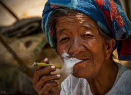 Rien de tel qu'un cigare birman...