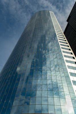 Reflet en building