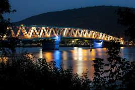 Le pont du Pouzin de nuit