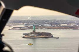 Vol au dessus de la Liberté