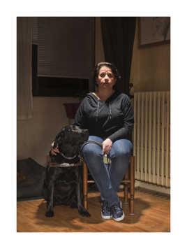 femme aveugle et son chien guide