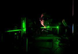 Le chercheur et les lasers