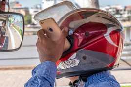 Conduire et téléphoner