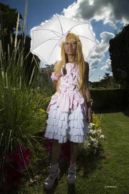 La jeune fille à l'ombrelle