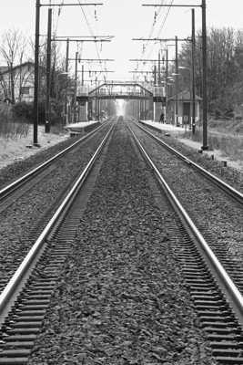 Le train ne va plus tarder ...