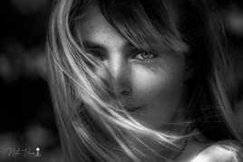 Marie entre ombre et lumière