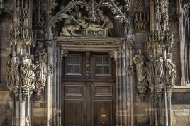 porte annexe cathédrale de Strasbourg.