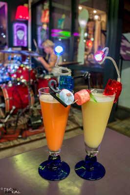Vacances, cocktails et rock'n roll