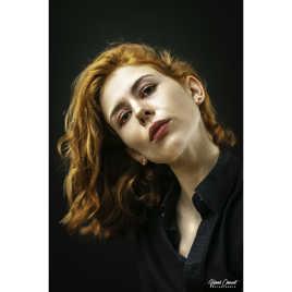 Lucie.....La rousse