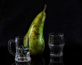 Garder une poire pour la soif.