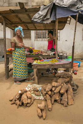 Fruits et légumes d' Abidjan.