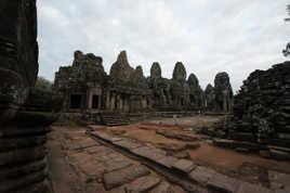 Raw_Temple de Bokor au petit jour