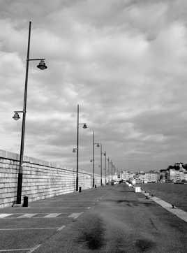 Le long du port