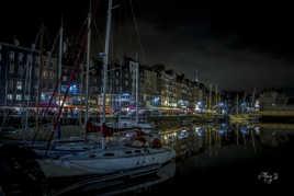 Bâteau dans le port de Honfleur