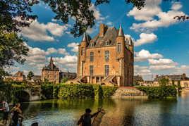 Château de BELLEGARDE (45)