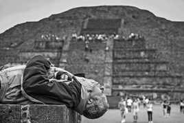 Sieste à Teotihuacan