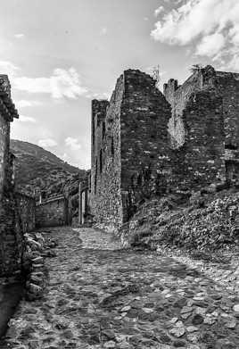 le castrum de Saint-Montan