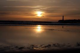 coucher de soleil sur le phare de Royan