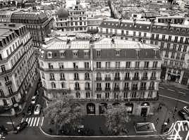 UNITED COLORS OF PARIS