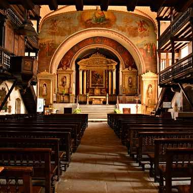 Intérieur d'église Basque par mamichat