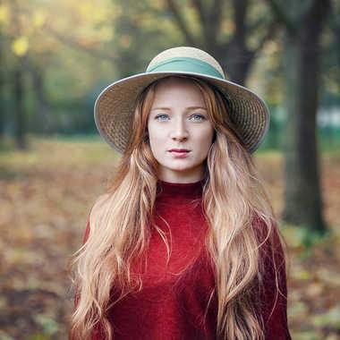 Cornélie dans les bois.. par ilford75
