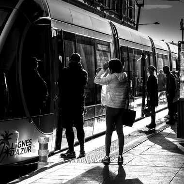 Tram et Contrastes par Buissem