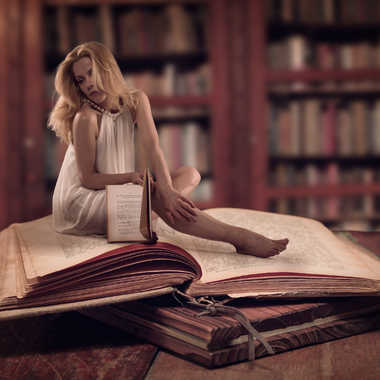 L'ange des bibliothèques par eyo19
