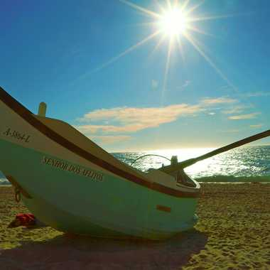 Barque sur le sable par jeanot