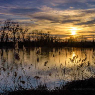 Coucher de soleil sur lac par Cedraw