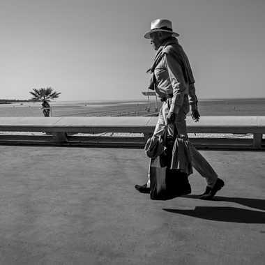 L'Homme au Chapeau par Buissem