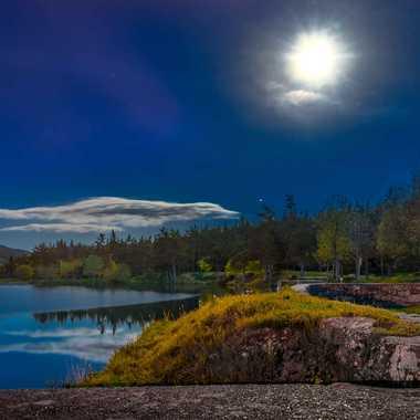 Pleine lune au lac par Philoupi