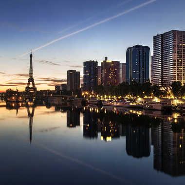 Paris s'éveille par Nimo