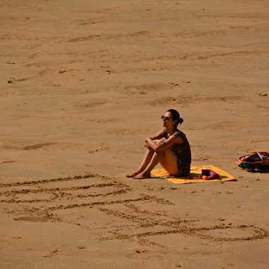 Seule sur le sable... par mamichat