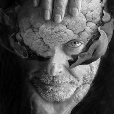 Autoportrait à la tête de chou-fleur par henry_1017
