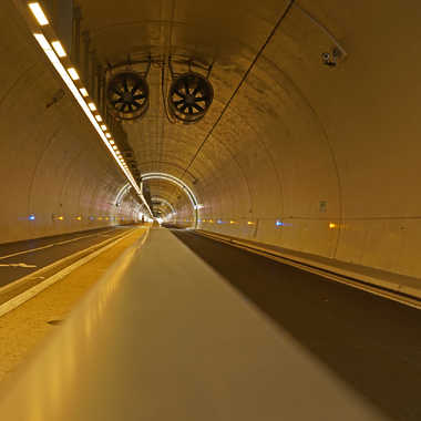 Je voie le bout du tunnel par sunrise