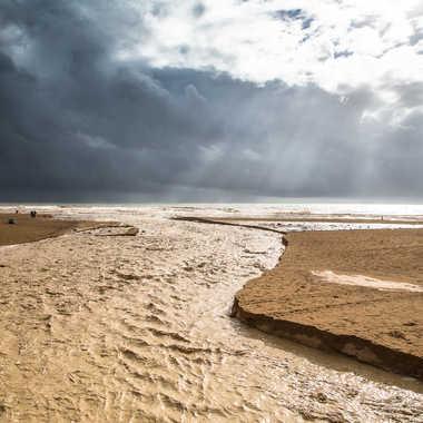 Pendant l'orage : la rencontre entre 2 eaux par cbrun23