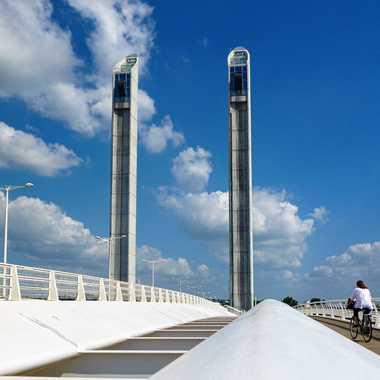 Passage sur le pont par M@rielle
