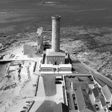Vue du phare Eckmühl à Penmarc'h par Solaulou56