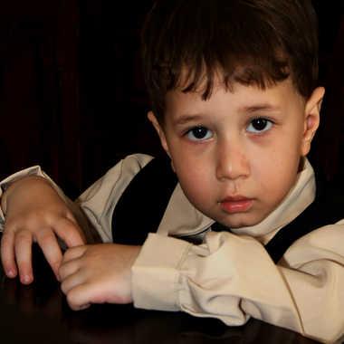 Portrait d enfant  par hari-mo-art