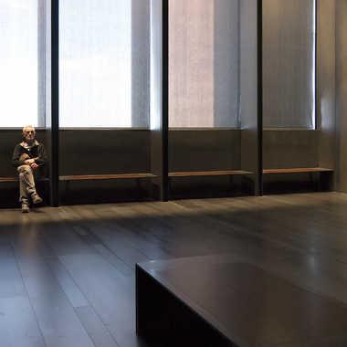 Sieste au Musée (1) par YANKA