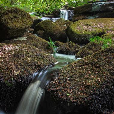 cascade de Saint-Herbot par bruno_1844